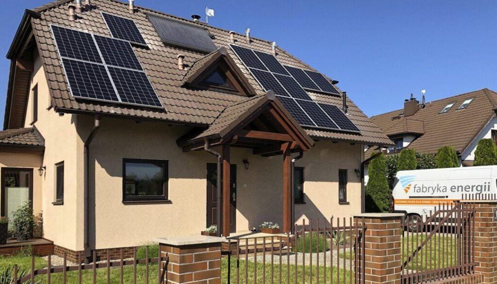 Fabryka Energii - Realizacja - panele fotowoltaiczne